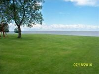 HECLA LAKEFRONT COTTAGE