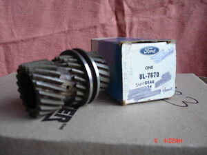Various parts for vintage Borg/ Warner overdrive transmissions London Ontario image 3
