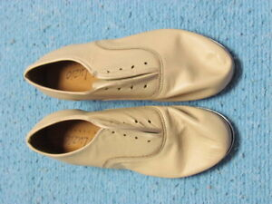 NEW, Boy's Tap Shoes, Size 1 and a half