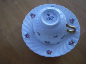 VINTAGE CUP AND SAUCERS ADDERLEY, ROYAL ALBERT Windsor Region Ontario image 2