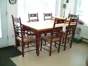 Antique salle manger cuisine dans sherbrooke for Meubles salle a manger kijiji