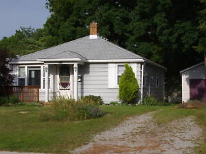 2 Bedroom Cottage in Brights Grove Canada image 1