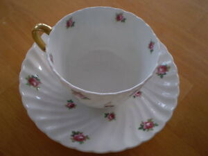 VINTAGE CUP AND SAUCERS ADDERLEY, ROYAL ALBERT Windsor Region Ontario image 1