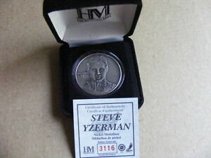 "FS: 2003 Highland Mint ""Steve Yzerman"" Medallion with COA and Ca"