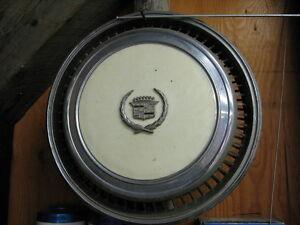 1977 or 1978 CADILLAC ELDORADO HUBCAP-----Nice Original