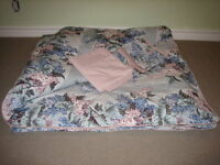 Double duvet cover and coordinated bedding