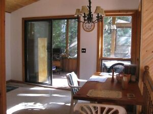 MAZINAW LAKE COTTAGE FOR SALE Canada image 7