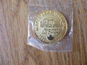 "FS: 1931-1999 Maple Leaf Gardens ""Memories and Dreams"" Medallion London Ontario image 2"
