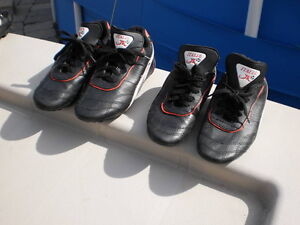 SOCCER CLEATS  Leather by Italia JR. YOUTHS  Size 5 in/outdoor