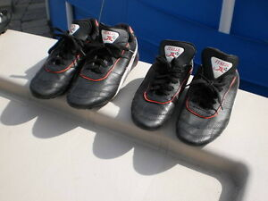 SOCCER CLEATS  Leather by Italia JR. YOUTHS  Size 5