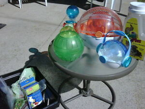 HAMSTER PLASTIC BUBBLE PLAY CENTER
