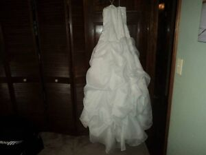 Signature White Wedding Dress Windsor Region Ontario image 2
