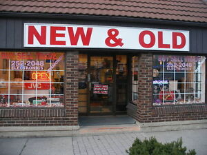 CLASSIC STEREO STORE-NEW & OLD- IN WINDSOR ! Windsor Region Ontario image 1