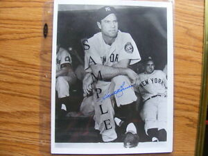FS: Hank Bauer (New York Yankees) 8x10 B&W Autographed Photo London Ontario image 1