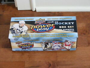 Serie complete de 300 cartes de hockey UPPER DECK Power Play en