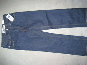 BRAND NEW GAP JEANS - SIZE 5 EASY FIT