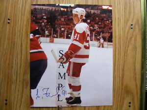 FS: Sergei Fedorov (Detroit Red Wings) 8x10 Autographed London Ontario image 1