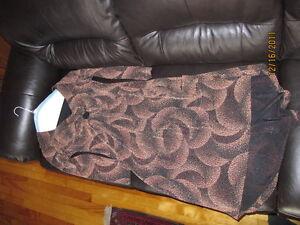 Robe ( beige et noir) West Island Greater Montréal image 1