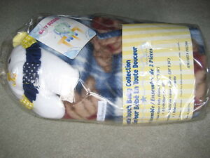 BRAND NEW PICCOLO BAMBINO 2 PIECE BLANKET ENSEMBLE