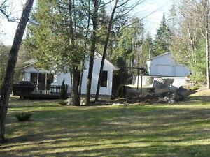House for Sale / Maison à vendre St-Aimé-du-Lac des-Iles, Québec Gatineau Ottawa / Gatineau Area image 1