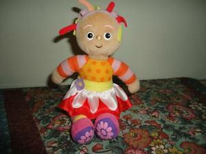 Hasbro-In-the-Night-Garden-UPSY-DAISY-Small-Doll-2006