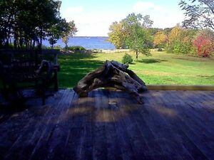 Beautiful lake front cottage, Grand lake, Jemseg area