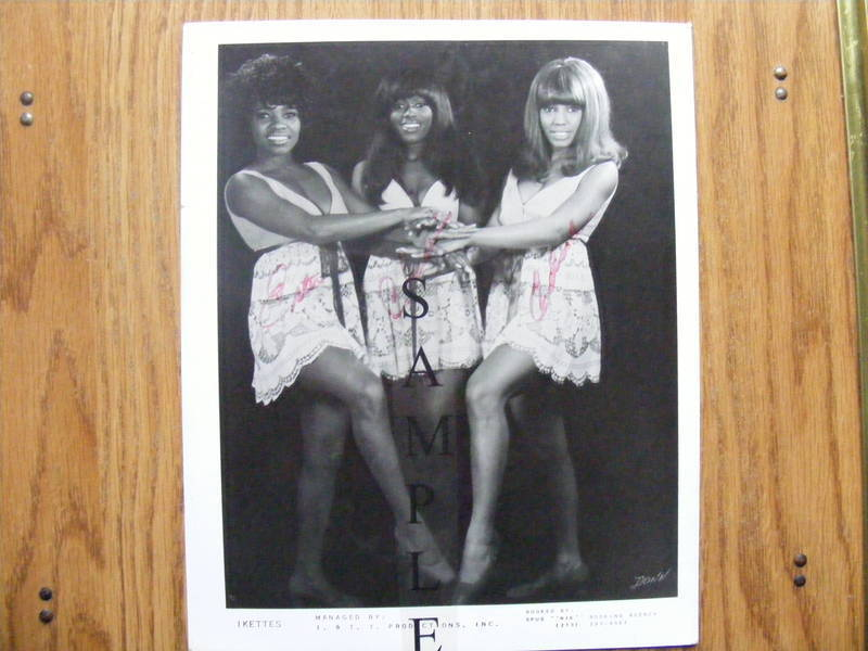 fs  the ikettes  ike  u0026 tina turner back up group  8x10