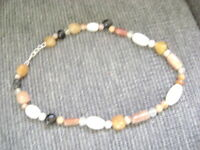 NEW NECKLACE CRAFTED IN AGATES, AVENTURINES & CHALCEDONIES