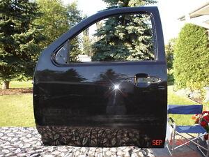 GMC 2500 HD DRIVERS DOOR