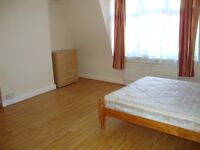 Very good 3 bedroom furnished flat located close to amenities and transport in Golders Green NW2