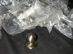 Poignée / bouton de porte d'armoire en métal