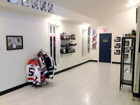 Hockey Card Traders Night August 29th 7PM - Midnight