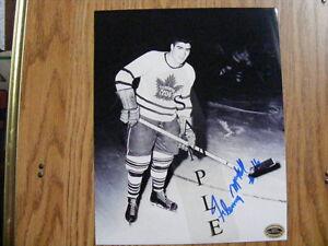 FS: Fleming MacKell (Toronto Maple Leafs) 8x10 black & white Aut