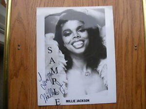 FS: Millie Jackson 8x10 Autographed black and white Photo London Ontario image 1