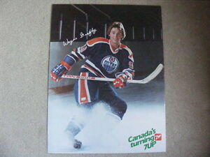"FS: 1982 Wayne Gretzky ""7-Up"" (Canadian Food Issue) Promo Sheet London Ontario image 1"