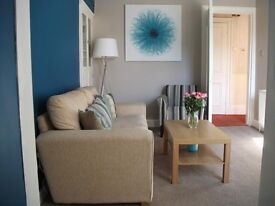 Double room available in large house in Ayr - Excellent Location, Own Sky TV