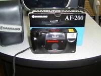 Camera Samsung AF 200 dans son étui