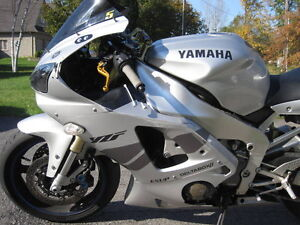 PARTING OUT A 2000 Yamaha YZF-R1 WITH LOST OF AFTERMARKET PARTS