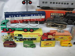 Collector Looking for OLD Lionel Trains, Matchbox, Dinky Toys London Ontario image 4