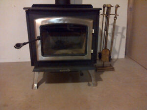 Wood Stove (Enerzone 2.9) For Sale