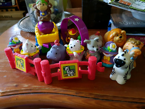 Little people zoo collection
