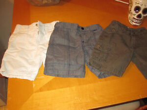 9 pairs of 3T shorts