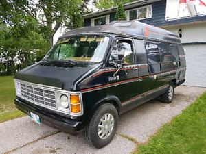 Dodge Travel Van