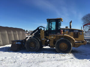 2003 Cat IT 28G loader with attachments