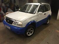 2002 (02) Suzuki Grand Vitara 1.6 16v 3 Door White/blue MOT May