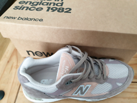 new balance trainers size 6