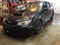 2013 Subaru Wrx Sti Sedan 6 spd LOW KMS!