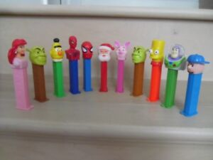 PEZ-Dispensers Various Characters.