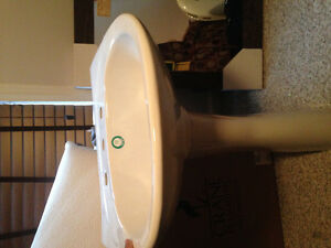 Pedestal Sink (brand new) Windsor Region Ontario image 1
