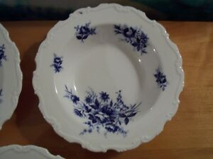 5- Royal Albert Connoisseur soup bowls Moose Jaw Regina Area image 4